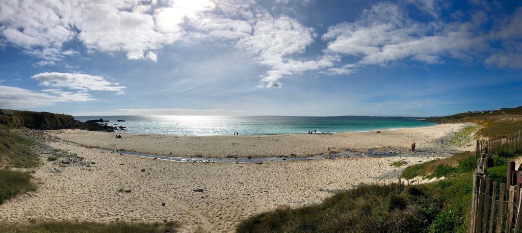 Strand in der Bretagne, hier nimmt sich der Chef von Freelance Partner eine Auszeit